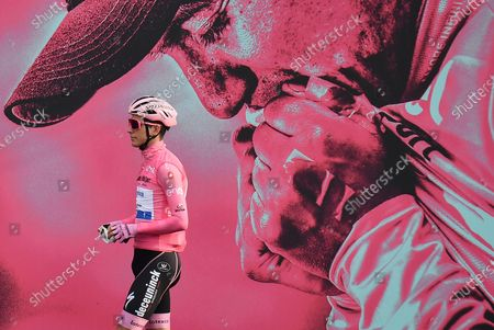 Portuguese rider Joao Almeida of Deuceuninck-Quickstep wearing the overall leader's pink jersey signing in ahead of the departure of the 16th stage of the 2020 Giro d'Italia cycling race over 229 km from Udine to San Daniele del Friuli, Italy, 20 October 2020.
