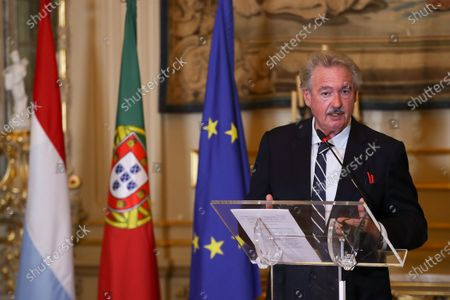 Stock Image of Luxembourg's Minister of Foreign Affairs, Jean Asselborn, talks during a press conference after a meeting with his Portuguese counterpart, Augusto Santos Silva (not pictured), at the Ministry of Foreign Affairs in Lisbon, Portugal, 20 October 2020.