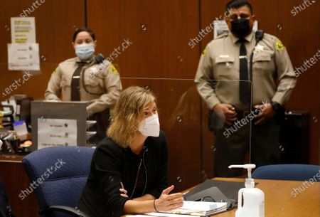 "Criminal Defense attorney Sharon Appelbaum who is representing actor Danny Masterson with defense attorney Thomas Mesereau addresses the judge during a hearing in Los Angeles Superior Court Monday October 19, 2020. ""That 70's Show"" cast member Masterson has been accused of raping multiple women at his Hollywood Hills home. Superior Court on Monday, Oct. 19, 2020 in Los Angeles, CA. (Al Seib / Los Angeles Times"