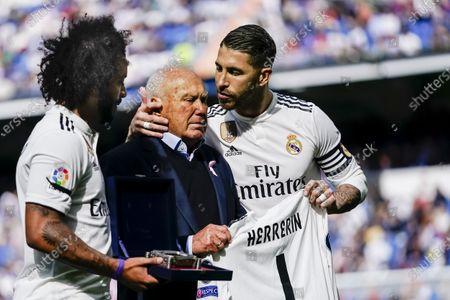 Marcelo Vieira Da Silva (L), Agustin Herrerin (C) and Sergio Ramos Garcia of Real Madrid (R) look prior to the La Liga 2018-19 match between Real Madrid vs Levante UD at Estadio Santiago Bernabeu