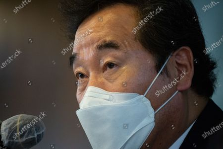 Lee Nak-Yon, leader of the Democratic Party, speaks about 'Korea's Global Leadership in Post-Pandemic Geopolitics' during a press conference at the foreign correspondents club in Seoul, South Korea, 21 October 2020.