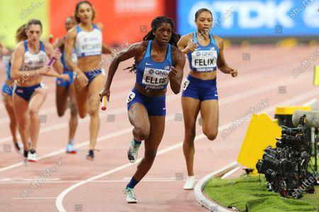 (L to R)  Kendall Ellis,  Allyson Felix (USA) - Athletics :  IAAF World Championships Doha 2019  Women's 4400m Relay Heat  at Khalifa International Stadium in Doha, Qatar.