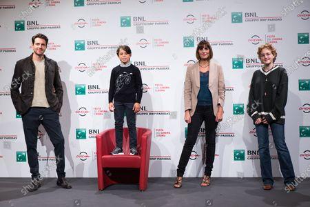 Giampaolo Morelli, Federico Ielapi, Elisa Amoruso, Emma Fasano