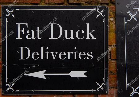 The famous three Michelin star Fat Duck restaurant in Bray owned by celebrity chef Heston Blumenthal, has temporarily closed following an outbreak of positive Covid-19 Coronavirus cases amongst some of the staff who are now self isolating. The number of positive Covid-19 cases in the Royal Borough of Windsor and Maidenhead which includes Bray, have increased dramatically in the past few weeks