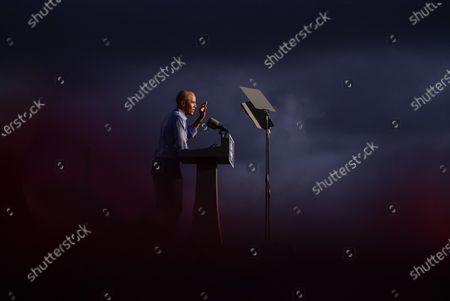 President Barack Obama speaks at Citizens Bank Park as he campaigns for Democratic presidential candidate former Vice President Joe Biden, in Philadelphia