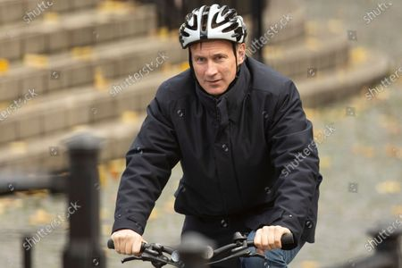 Former Foreign Secretary Jeremy Hunt departs The Houses of Parliament.