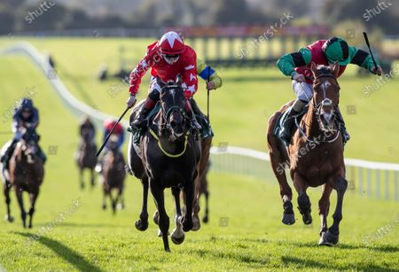 The Flower Hill Maiden. Shane Foley onboard Ilmig (right) holds off Colin Keane onboard Jesse Evans to win