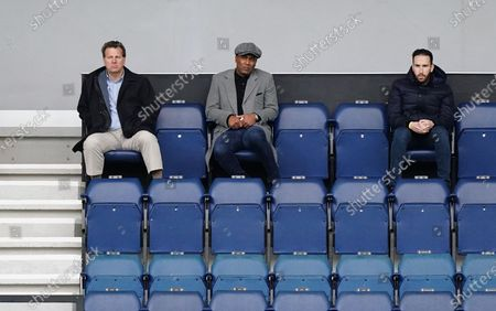 QPR  Director of Football Les Ferdinand (centre)