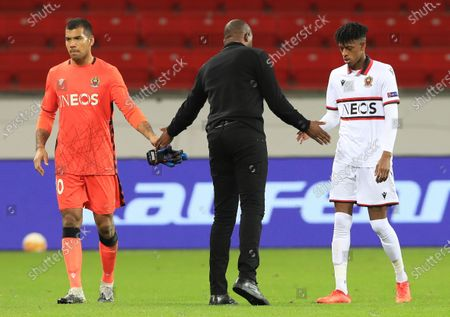 Nice coach Patrick Vieira (C) greets player Walter Benitez (L) after the UEFA Europa League soccer match between Bayer Leverkusen and OGC Nice, in Leverkusen, Germany, 22 October 2020.
