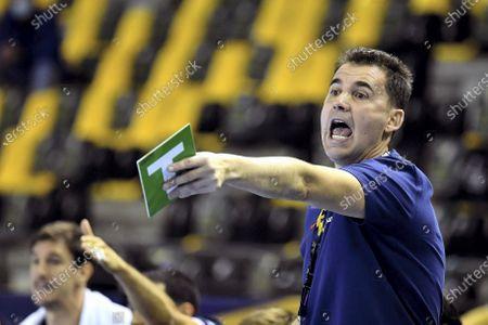 Head coach of Paris Saint-Germain Handball Jesus Javier Gonzalez Fernandez reacts during the EHF Champions League Group Phase A men's handball match between Lomza Vive Kielce and Paris Saint-Germain Handball, in Kielce, Poland, 22 October 2020.