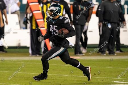 Philadelphia Eagles tight end Richard Rodgers (85) in action during the NFL football game against the New York Giants, in Philadelphia