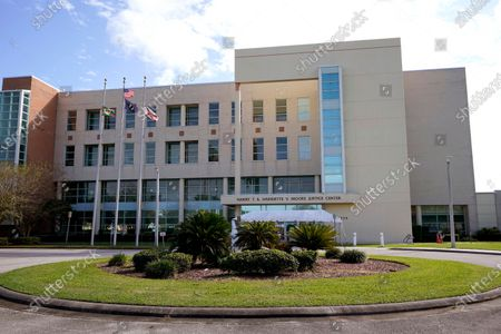 The Harry T. and Harriette V. Moore Justice Center courthouse of Brevard County is seen, in Melbourne, Fla의 스톡 사진