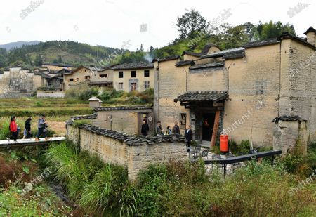 Photo taken on Oct. 22, 2020 shows an exterior view of a bookstore surrounded by paddy fields in Xiadi Village of Pingnan County, southeast China's Fujian Province. Renovated from an abandoned ancient residential house, the paddy fields-surrounded bookstore has gained attention on the web.