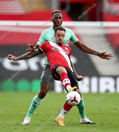 Danny Ings of Southampton and Yerry Mina of Everton.