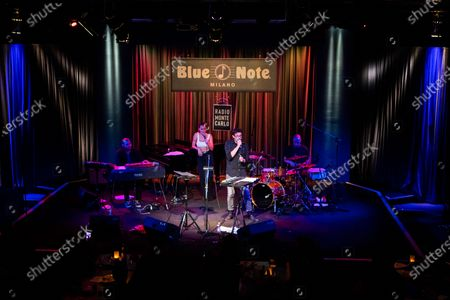 Stock Photo of Serena Brancale and Willie Peyote at the jazz Club Blue note, which anticipates the shows to respect the curfew of 11pm