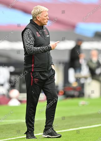 West Ham's manager David Moyes reacts during the English Premier League match between West Ham United and Manchester City in London, Britain, 24 October 2020.