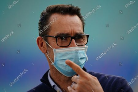 Hertha's managing director Michael Preetz in a protective mask prior to the German Bundesliga soccer match between RB Leipzig and Hertha BSC Berlin in Leipzig, Germany, 24 October 2020.