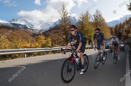 (L-R) Australian Rohan Dennis of Ineos Grenadiers team, British rider Tao Geoghegan Hart of Ineos Grenadiers team and Australian rider Jai Hindley of Team Sunweb in action during the 20th stage of the 2020 Giro d'Italia cycling race over 190km from Alba to Sestriere, Italy, 24 October 2020.