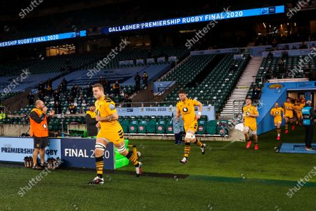 Joe Launchbury of Wasps leads out his side