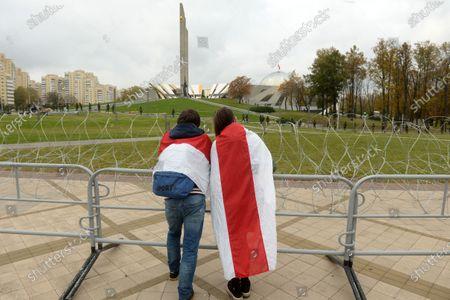 Anti-government protest in Minsk, Belarus - 25 Oct 2020 témájú szerkesztői fénykép