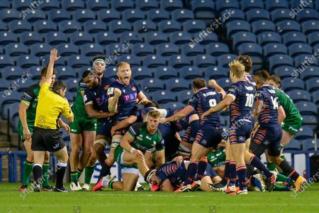 TRY The Edinburgh players celebrate after Mike Willemse (#2) of Edinburgh Rugby scores a pushover try during the Guinness Pro 14 match between Edinburgh Rugby and Connacht Rugby at BT Murrayfield, Edinburgh