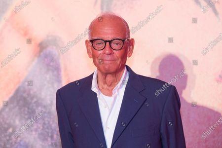 Director Alberto Negrin