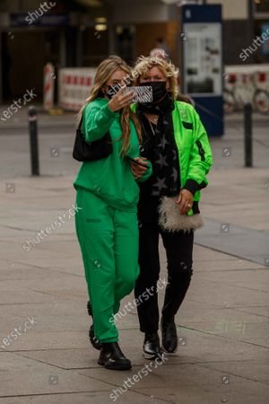 Helene Leni Boshoven Samuel, Erna Klum, Heidi Klum goes sightseeing with family in Berlin