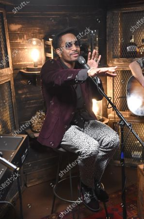 Chingy performs with Meg & Tyler on the set of Phil Vassar's 'Songs from the Cellar' on Circle Television Network, in Nashville, TN. Airing October 29, 2020 on Circle @PhilVassarSFTC @circleallaccess