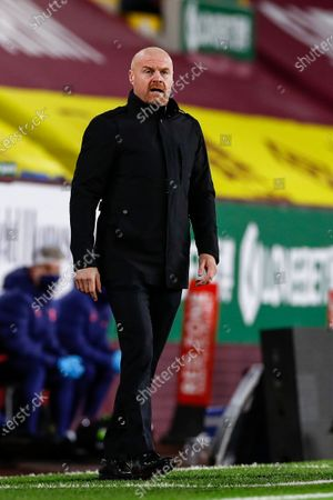 Burnley's manager Sean Dyche during the English Premier League match between Burnley and Tottenham Hotspur in Burnley, Britain, 26 October 2020.
