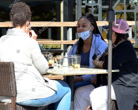Stock Picture of Exclusive - Nia Sioux of the show 'Dance Moms' dines out in Studio City