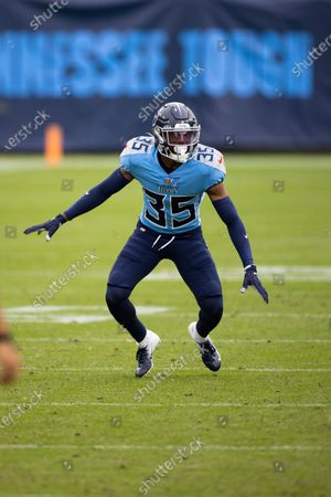 Tennessee Titans defensive back Chris Jackson (35) moves in position against the Pittsburgh Steelers during the second half of an NFL football game, in Nashville, Tenn