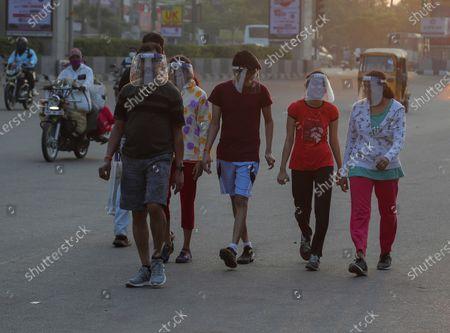 Imagem editorial de Virus Outbreak , Hyderabad, India - 27 Oct 2020