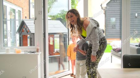 Editorial picture of 'Ferne McCann: First Time Mum' TV Show, Series 6, Episode 3, UK - 05 Nov 2020