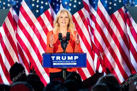 Kellyanne Conway, former Counsellor to the President, speaks at a rally for Donald Trump for president at The Barn at Stoneybrooke.