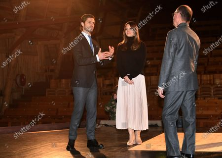 Prince Carl Philip and Princess Sofia with theatre director Leif Stinnerbom at Vastana theatre in Sunne, Sweden. The Prince Couple are spending the day in Varmland County to see how it has been affected by Covid-19.