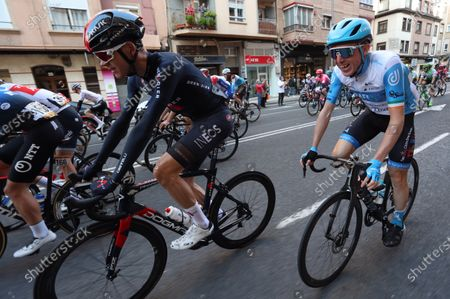 Spanish rider Daniel Martin (R) of Start-Up Nation and British rider Chris Froome (L) of Ineos Grenadiers are seen at the begining of the 8th stage of the Vuelta a Espana 2020 cycling race, over 164 km between Logrono and Alto de Moncalvillo, northern Spain, 28 October 2020.
