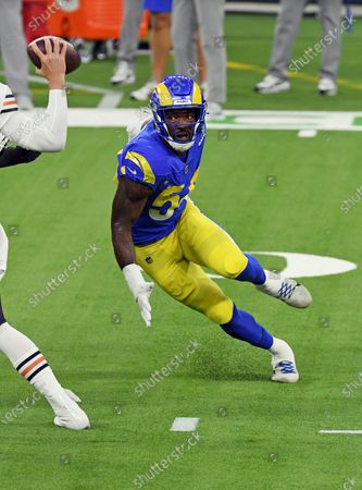 Los Angels Rams outside linebacker Leonard Floyd (54) rushes the quarterback during an NFL football game against the Chicago Bears, in Inglewood, Calif. The Rams defeated the Bears 24-10