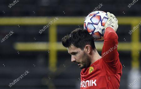 Dortmund goalkeeper Roman Buerki holds the ball during the Champions League group F soccer match between Borussia Dortmund and Zenit Saint Petersburg in Dortmund, Germany