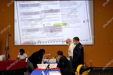 Election 2020 Florida, Lauderhill, United States - 28 Oct 2020 témájú szerkesztői fénykép