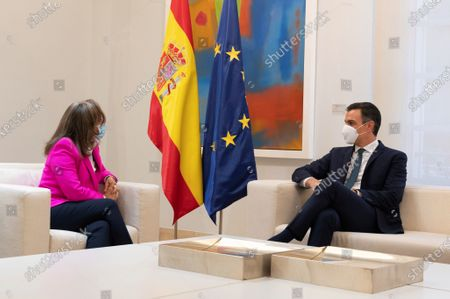 A handout photo made available by Spanish goverment shows Spanish Prime Minister Pedro Sanchez (R) during his meeting with Ibero-American Secretary General Rebeca Grynspan (L) at La Moncloa Palace, Madrid, 29 October 2020.