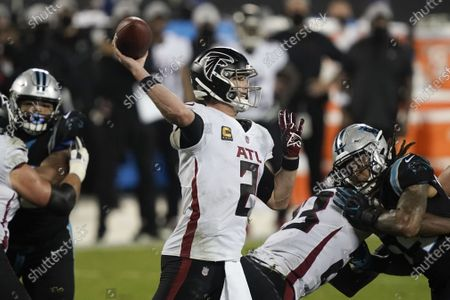 Atlanta Falcons quarterback Matt Ryan passes against the Carolina Panthers during the second half of an NFL football game, in Charlotte, N.C
