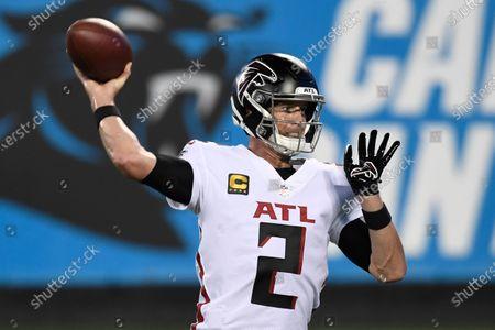 Atlanta Falcons quarterback Matt Ryan warms up before an NFL football game against the Carolina Panthers, in Charlotte, N.C