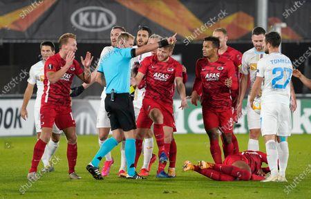 Protest of Dani de Wit  of AZ and Albert Gudmundsson with referee Sergei Ivanov during UEFA Europa League 2020/2021 Group Stage between AZ Alkmaar vs HNK Rijeka on Octobre 29. 2020 in AZ Stadion Alkmaar, Netherlands