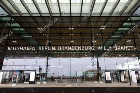 「Terminal 1 of upcoming BER airport, Schoenefeld, Germany - 30 Oct 2020」的報導類圖片