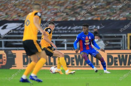 Wilfried Zaha (11) of Crystal Palace controls the ball