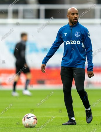 Fabian Delph warming up for Everton; St James Park, Newcastle, Tyne and Wear, England; English Premier League Football, Newcastle United versus Everton.