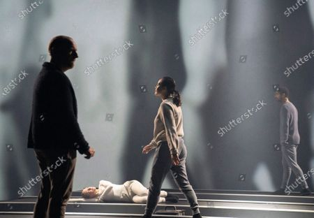 Stock Image of Jonathan Slinger as A,  Erin Doherty as C, Wendy Kweh as M, Alfred Enoch as B,