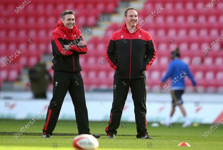 Stephen Jones and Gethin Jenkins during the warm up.