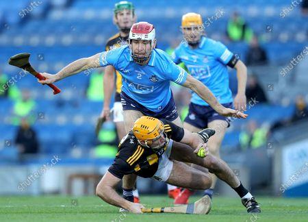 Kilkenny vs Dublin. Kilkenny's Billy Ryan is tackled by Paddy Smyth of Dublin
