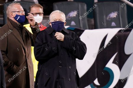 Dallas Cowboys' Jerry Jones walks the field before an NFL football game against the Philadelphia Eagles, in Philadelphia